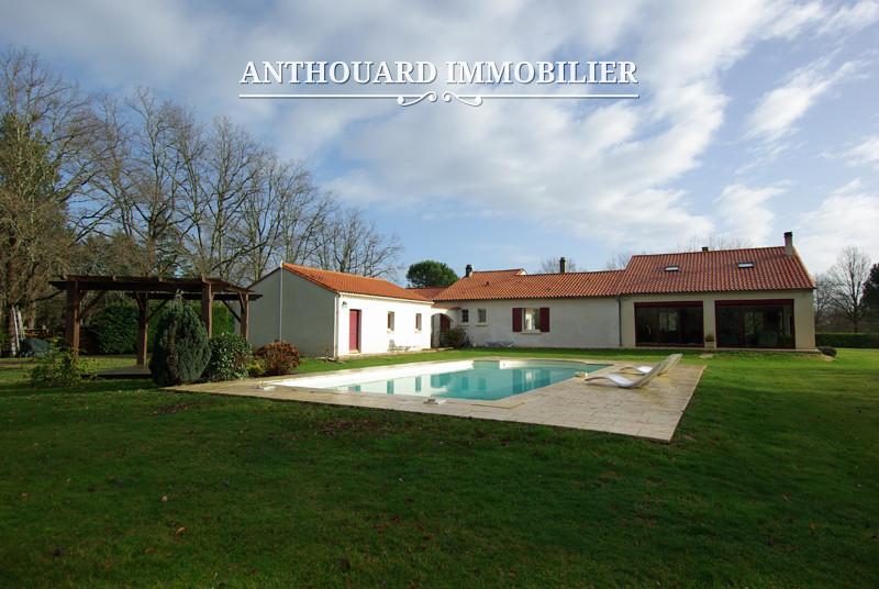 A bergerac en dordogne vendre maison contemporaine sur for Architecte bergerac