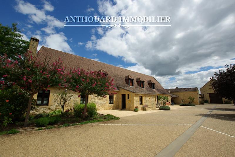 Anthouard Immobilier Ref 1171 Demeure en pierre à vendre en Dordogne, propriété et dépendances proche Buisson de Cadouin (39)