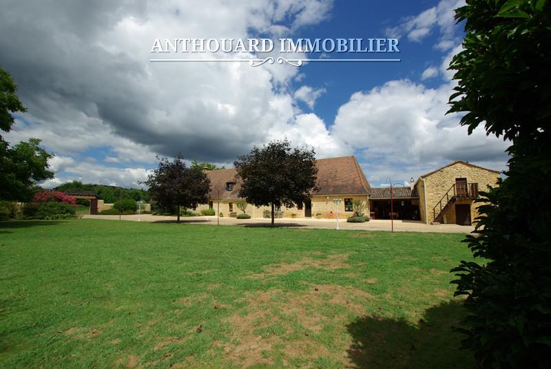 Anthouard Immobilier Ref 1171 Demeure en pierre à vendre en Dordogne, propriété et dépendances proche Buisson de Cadouin (47)
