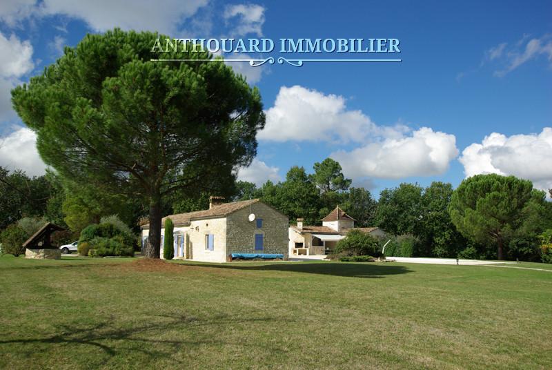 Anthouard Immobilier Ref 1187 Propriété à vendre en Dordogne, proche de Bergerac, Périgord. Maison en pierre (40)
