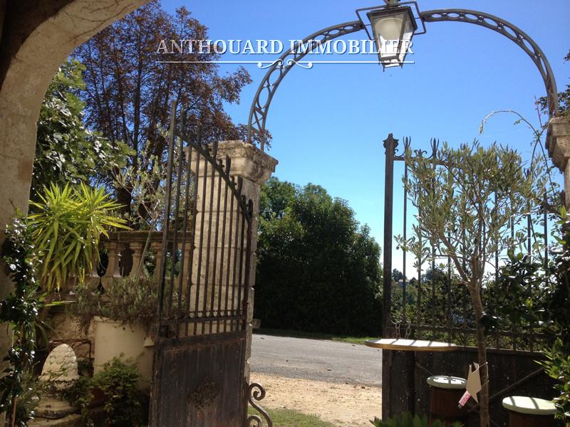 Anthouard Immobilier Ref 1192 Château à vendre en Périgord (29)