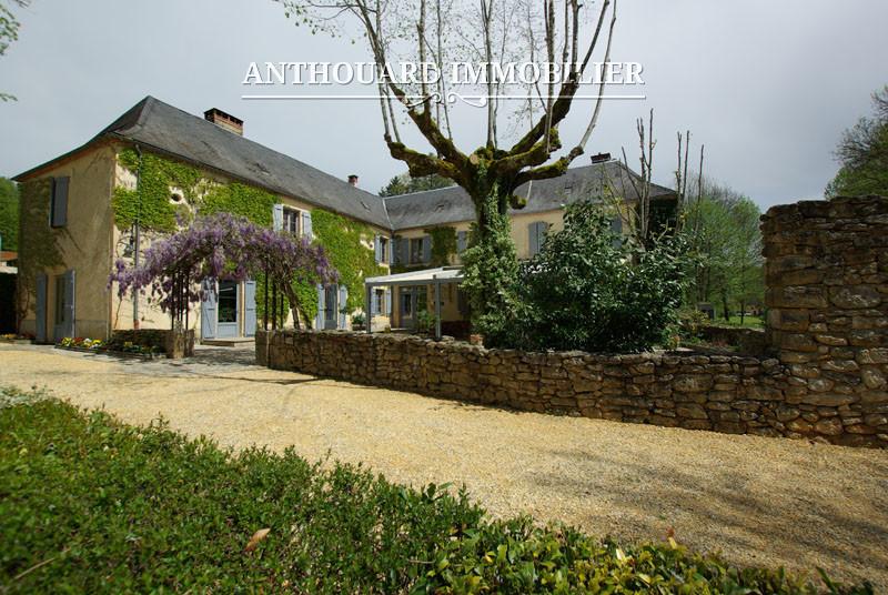 Anthouard Immobilier Ref 1214 A vendre en Périgord, Dordogne, hôtel propriété avec moulin et piscine (47)