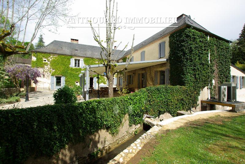 Anthouard Immobilier Ref 1214 A vendre en Périgord, Dordogne, hôtel propriété avec moulin et piscine (55)
