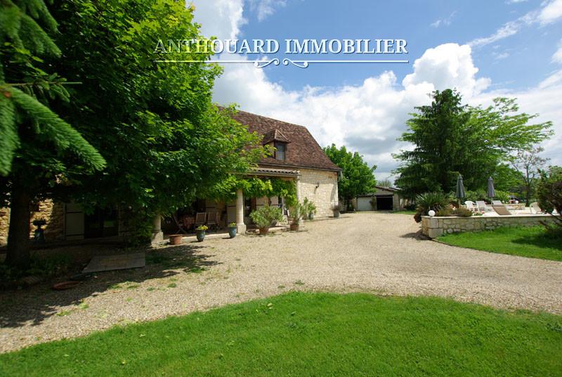 Agence Anthouard Immobilier Propriété maison en pierre avec piscine en Dordogne, Bergerac, Périgord (16)