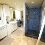 Moulin a vendrePérigord salle bain