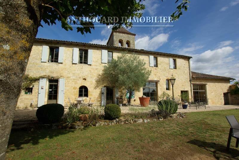 Agence Anthouard Immobilier Ref 1244 A vendre propriété en Dordogne, manoir (94)