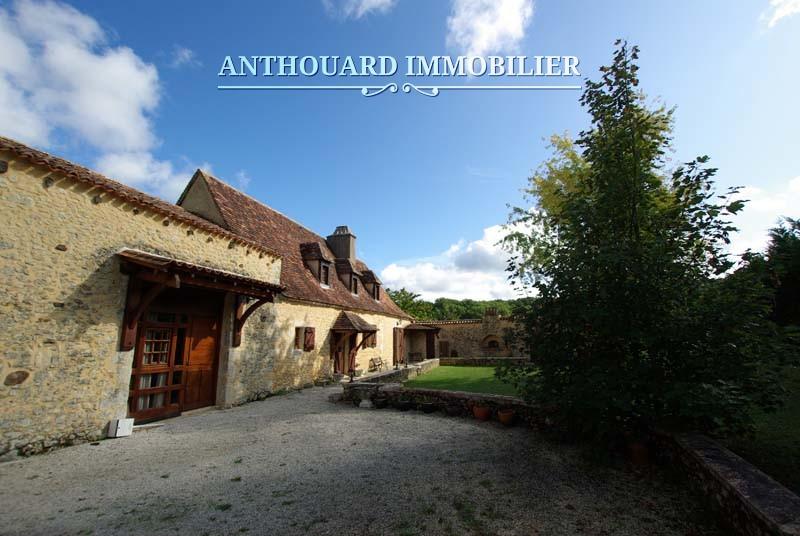 Agence Immobiliere Anthouard Dordogne, Périgord, Maison en pierre (2)