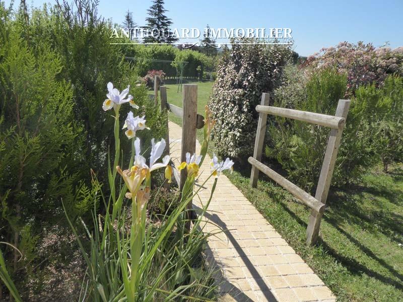 Agence Anthouard Immobilier Dordogne Bergerac piscine (3)