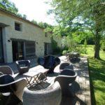 Vente propriété charmante Dordogne terrasse extérieure