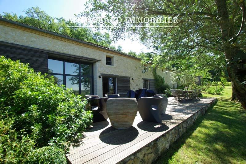 Vente maison en pierre Dordogne jardin