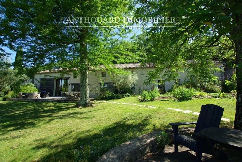 Agence Anthouard Immobilier Propriété à vendre en Dordogne, Bergerac, maison en pierre de charme (68)