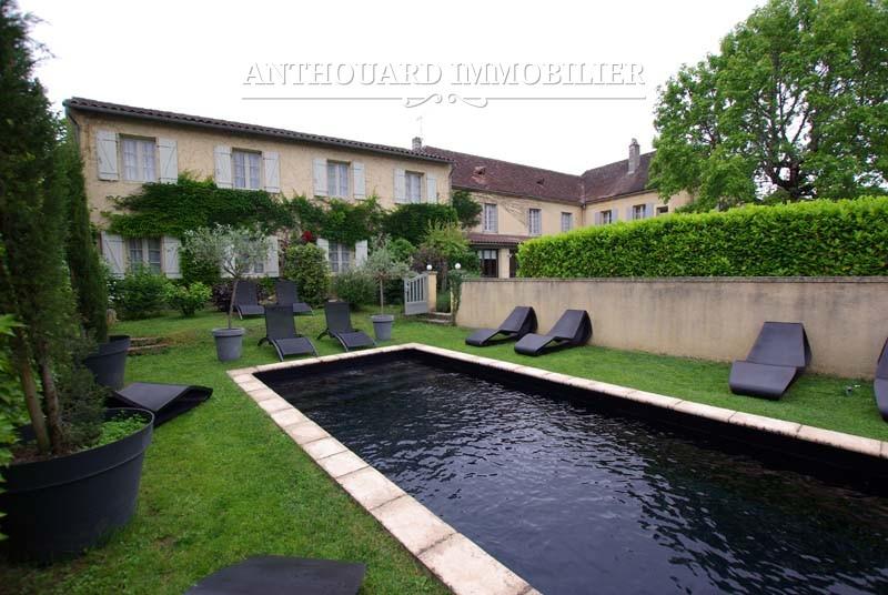 Vente maison pierre Sarlat jardin piscine