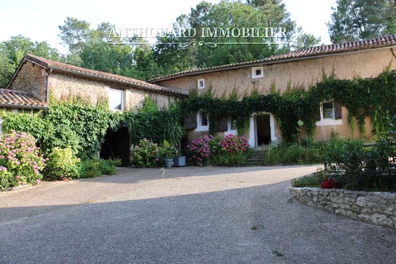 Anthouard Immobilier Agence Immobilière Dordogne ferme à vendre rénovée Bergerac (23)