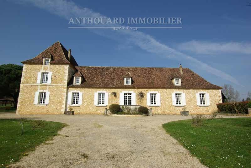 Propriété à vendre en Dordogne, Bergerac et Périgueux château 47 (96)